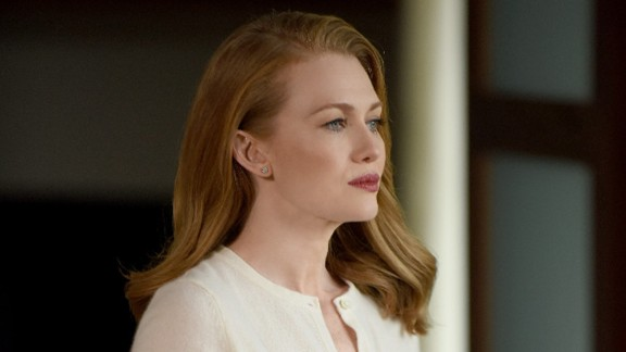 "Mireille Enos (""The Killing"") stars in uberproducer Shonda Rhimes' latest ABC series, ""The Catch,"" about a fraud investigator whose work hits home."
