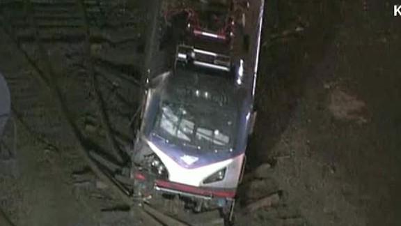 ctn schiavo amtrak train derailment destruction_00011117.jpg