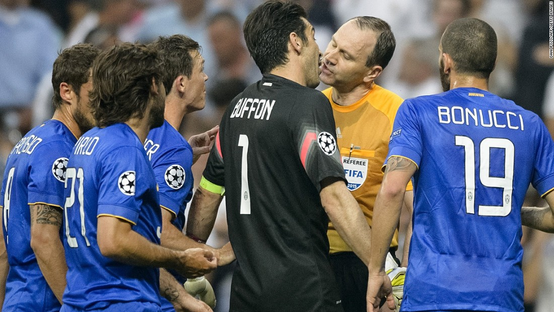 The penalty decision infuriated the visiting side, with Buffon giving Swedish referee Jonas Eriksson his view.
