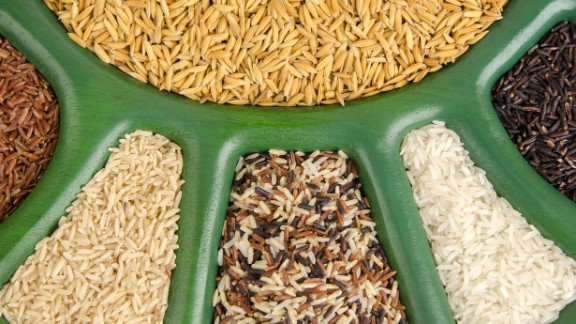Brown rice offers four grams ofr fiber per cup compared to one in white