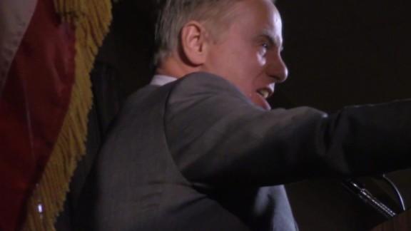 Howard Dean Scream Chris Christie_00000000.jpg