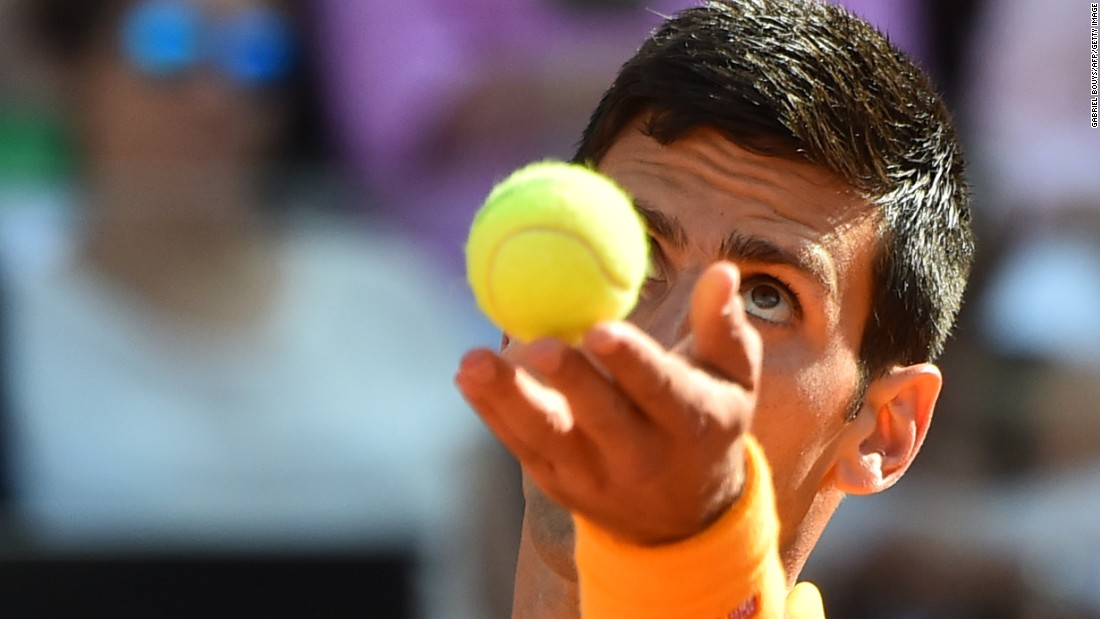 Both men started strongly Sunday but Djokovic edged ahead by breaking his opponent in game 10 to take the set 6-4.