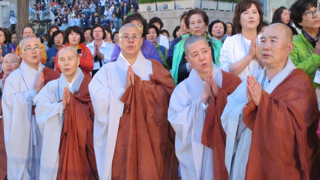 South Korean Buddhists hoped the event would touch North Koreans and bring the rival nations closer together.