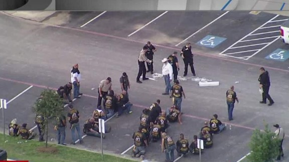 nr baldwin waco biker gang shooting cell phone video_00000021.jpg