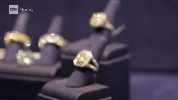 cnn$ top five jewelry heists_00021813.jpg