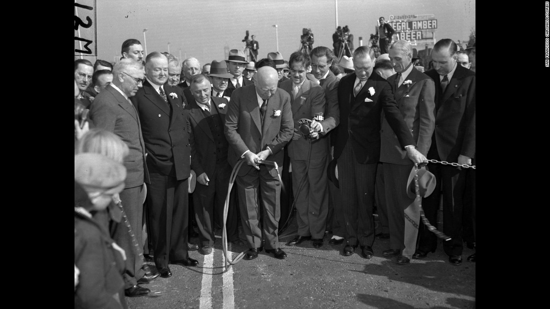 Dignitaries cut a chain commemorating the opening of the bridge on May 27, 1937.