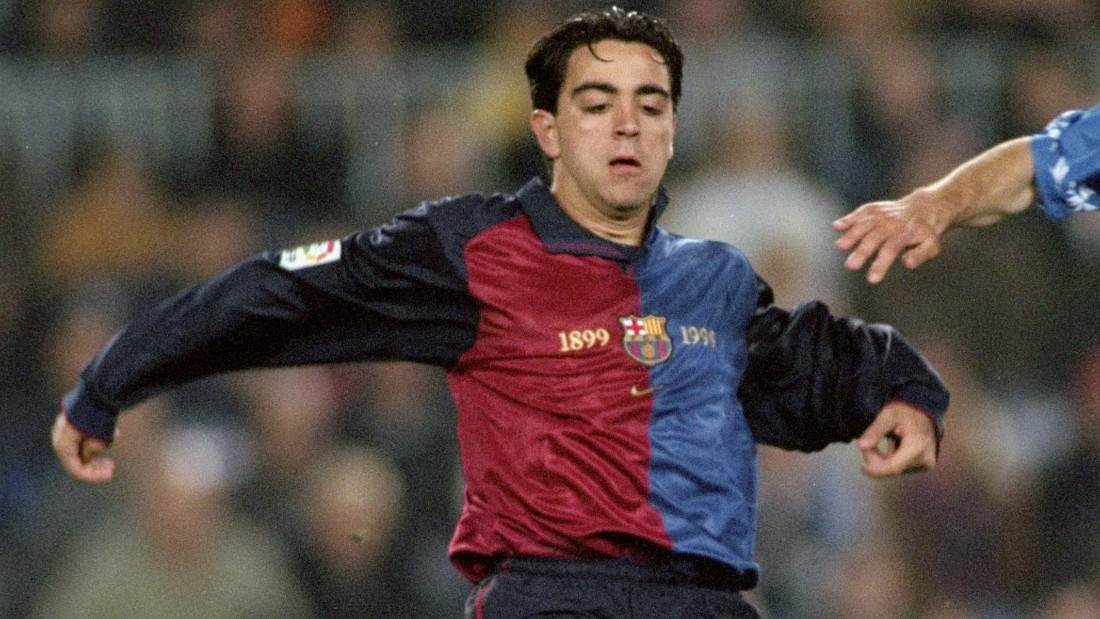 A young Xavi in action against Oviedo in 1999, a few months after his debut.