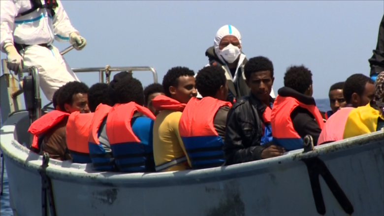 Migrant path after Europe arrival 'fraught with obstacles'