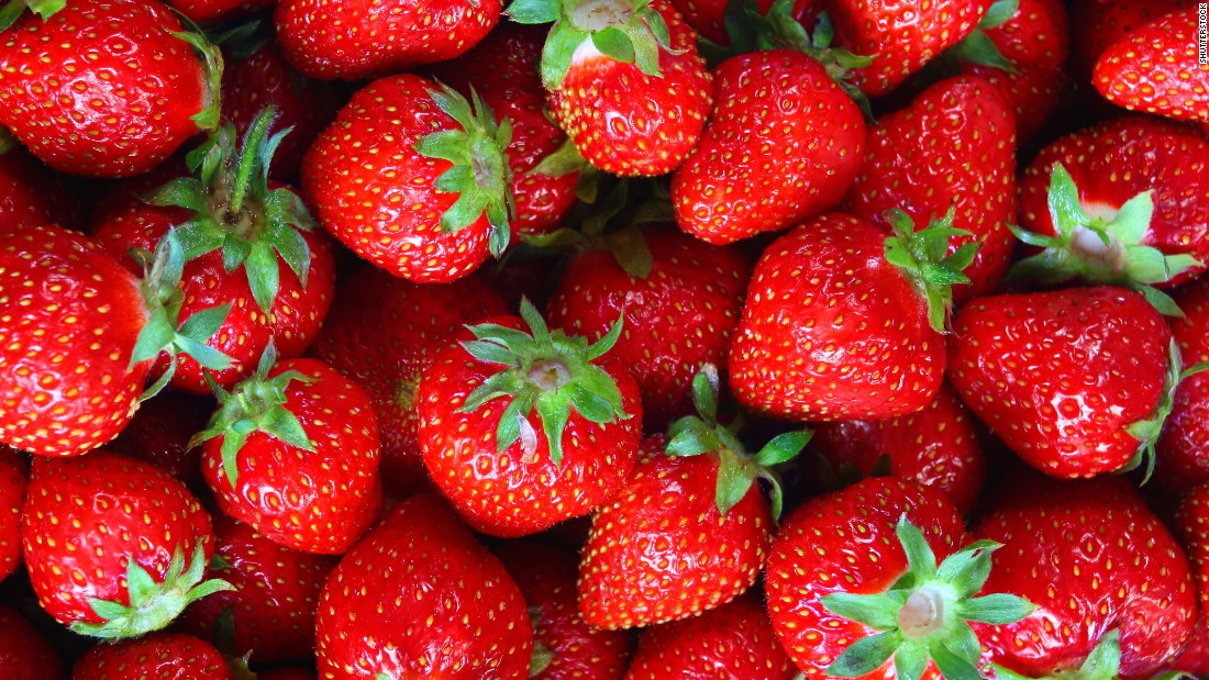 To get the full spectrum of health benefits, you want to avoid cutting strawberries for as long as possible.