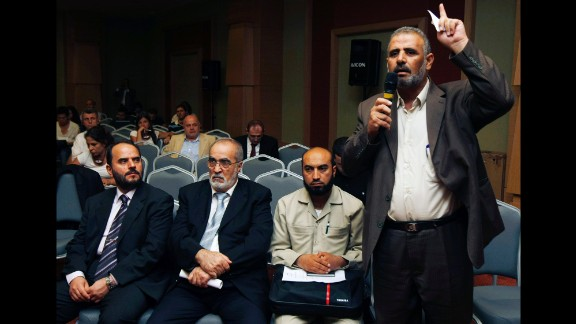 Jamal al-Wadi speaks in Istanbul on September 15, 2011, after an alignment of Syrian opposition leaders announced the creation of a Syrian National Council -- their bid to present a united front against Bashar al-Assad
