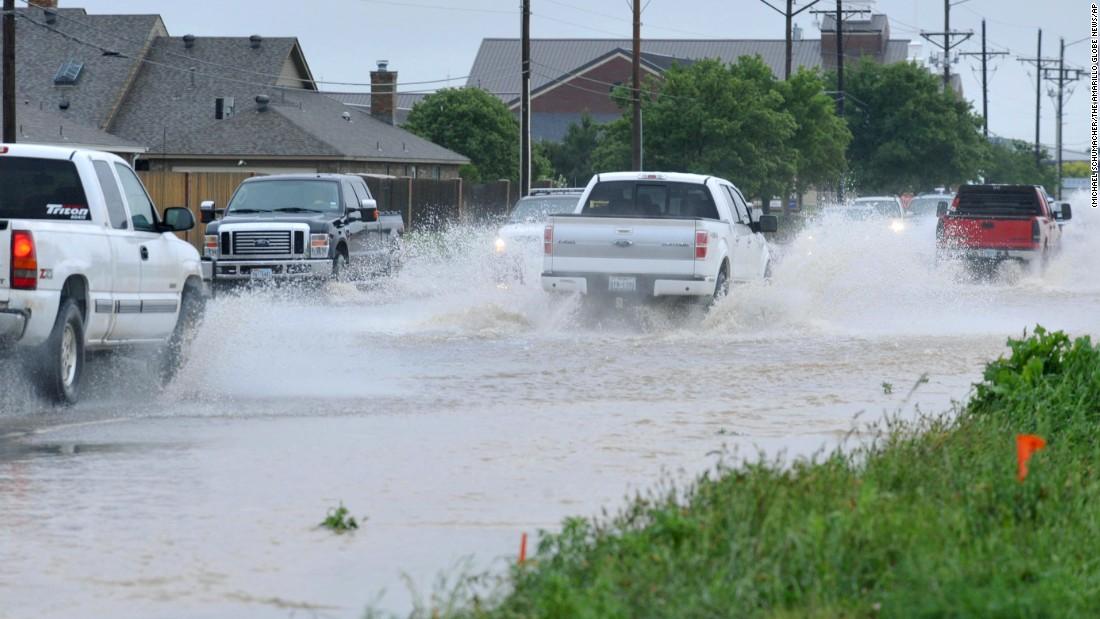 1 dead as Texas, Oklahoma face record rainfall - CNN