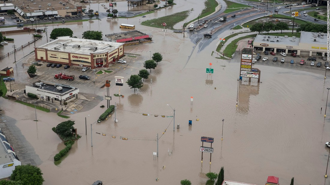 Texas and Oklahoma flooding: 4 dead - CNN