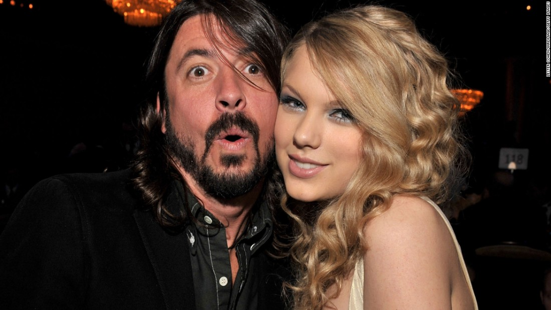 "Taylor Swift and Grohl pose together at a 2008 Grammys party in Los Angeles. Grohl <a href=""http://www.cnn.com/2015/05/25/entertainment/dave-grohl-paul-mccartney-taylor-swift-feat/index.html"" target=""_blank"">recently admitted</a> he's ""obsessed"" with the singer."