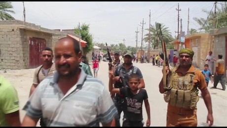 cnnee pkg levy mideast ramadi counterattack_00005607