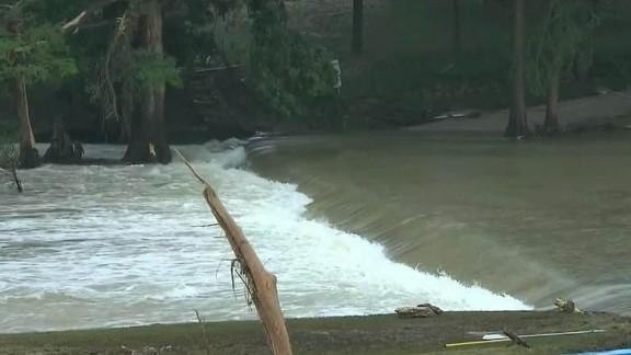 lead gray texas weather floods_00022522.jpg