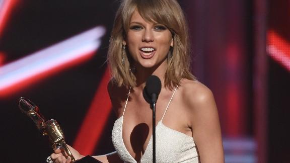 Taylor Swift at the 2015 Billboard Music Awards.