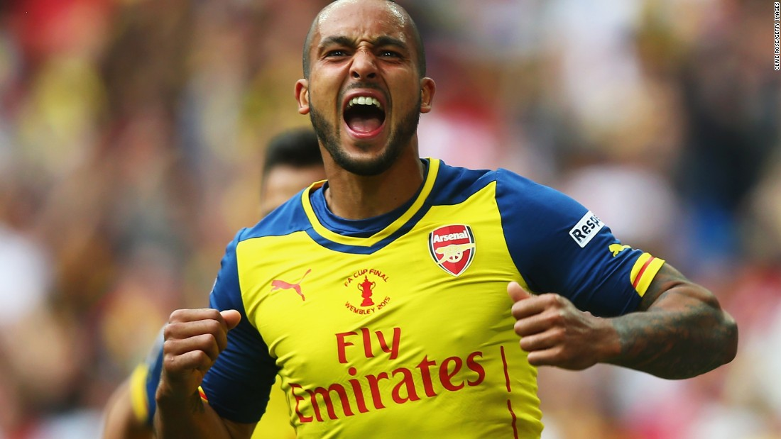 Theo Walcott put the Gunners ahead just before halftime with an emphatic volley as Arsenal beats Aston Villa 4-0 in the FA Cup final.