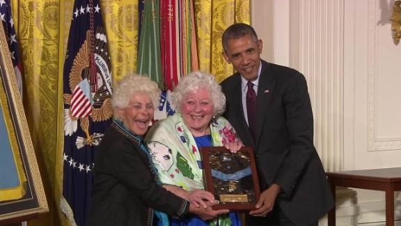 medal of honor ceremony william shemin henry johnson _00020709.jpg