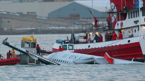 2009 us airways hudson river crash wrap carroll pkg_00000530.jpg