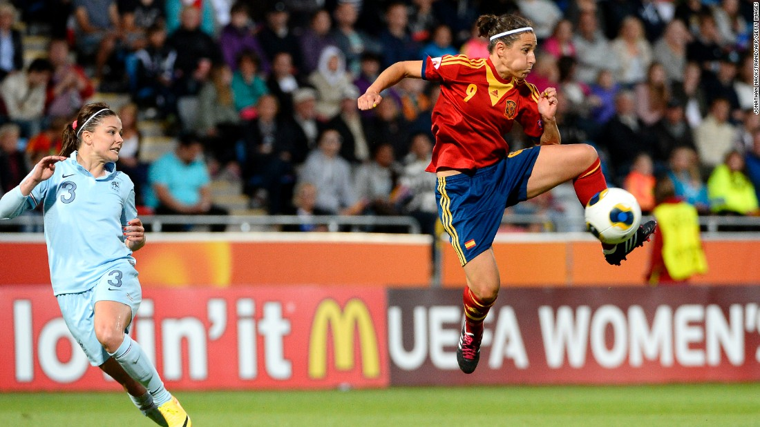 Boquete is one of the most exciting and talented footballers in the game. Her ability to waltz past defenders and produce the perfect pass makes her Spain's most threatening player. She will line up behind the striker, either on the wing or through the middle, and will hope to repeat her goalscoring exploits at the 2013 European Championship finals.