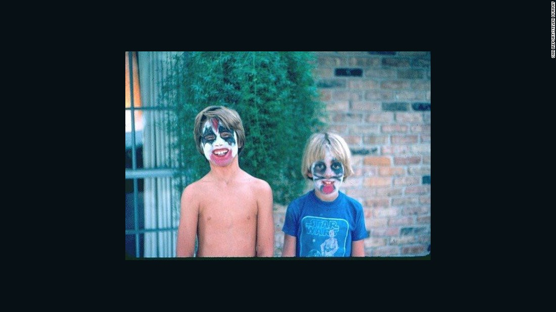 "KISS makeup was prevalent among fans in the '70s, including young <a href=""ireport.cnn.com/docs/DOC-1242143"">Steven Murray</a>, right, and his friend in Houston. If he loved anything more than the band KISS, it was ""Star Wars."" Like many kids in 1977, he became obsessed with the blockbuster movie."