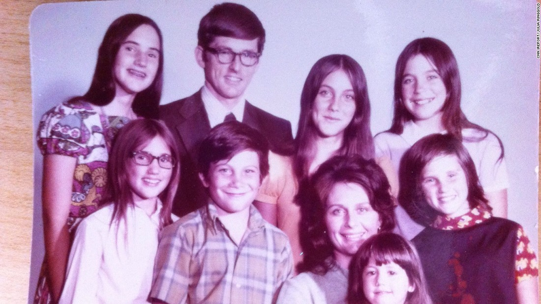 """The Brady Bunch"" had nothing on <a href=""http://ireport.cnn.com/docs/DOC-1230382"">Julia Ringgold's</a> family, the Blakemores of Thousand Oaks, California. Just like the classic sitcom, a mother of three married a father of three. ""There were always lots of fun activities, games and lots of kids running around our huge house!"" Ringgold said."
