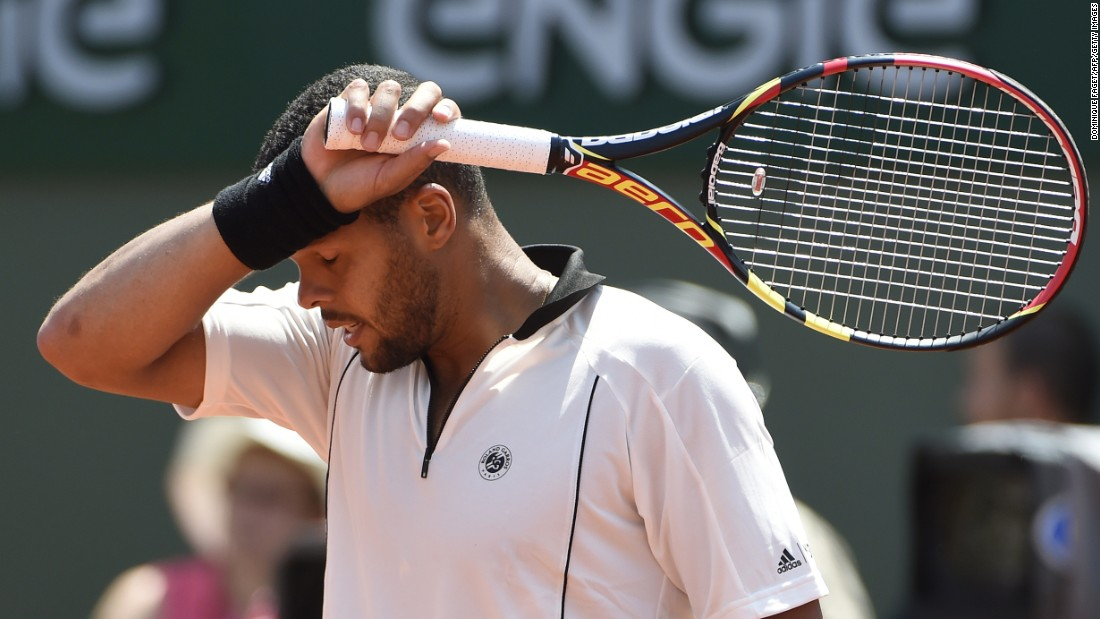 Their early-afternoon contest was played in heat that hit about the mid-30s Celsius. Tsonga lost for a second time to Wawrinka at Roland Garros.