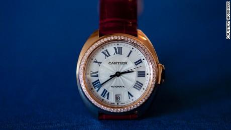 bbd45f53a25 The Clé de Cartier women  39 s collection comes with a pavé diamond-