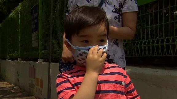 mers south korea worried parents coren pkg_00015511.jpg