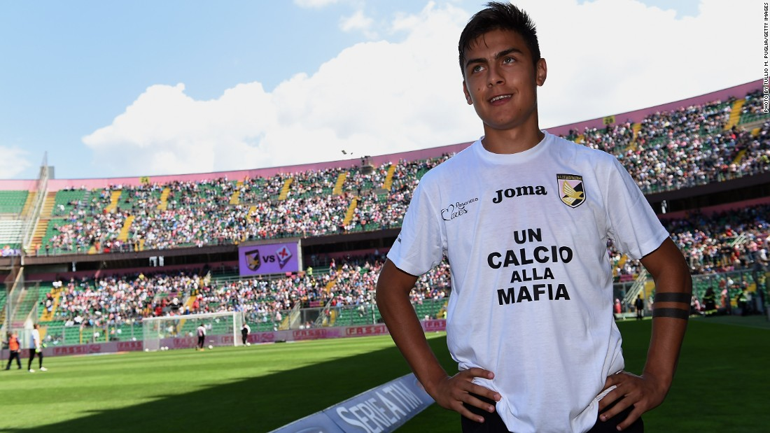 Champions League finalists Juventus signed Paulo Dybala from Seria A rivals Palermo for $35m.