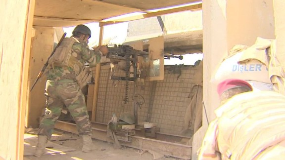 iraq habbaniya assault paton walsh pkg_00012113.jpg