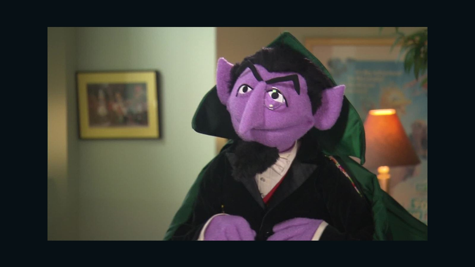 Count Von Count There Are 5 961 Feathers On Big Bird Cnn