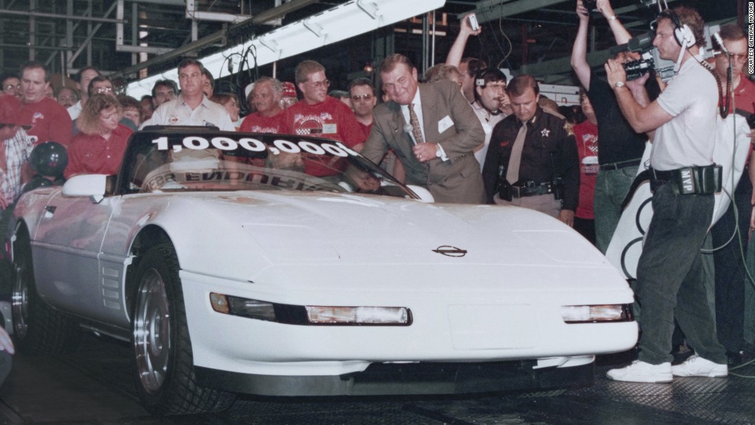 On July 2, 1992, the 1 millionth Corvette rolls off the line at a factory in Bowling Green, Kentucky. VIN: 1G1YY33PXN5119134. Base price: $40,145. The car included a cassette player with auto-reverse.