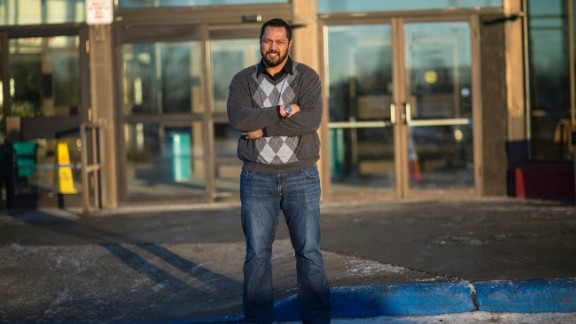 Former NFL player Mao Tosi returned home to Mountain View after he retired.