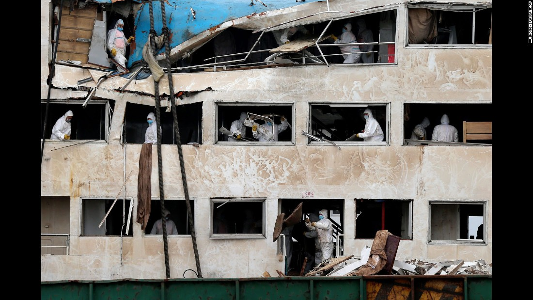 "Workers in Jianli, China, remove debris from the Eastern Star, the passenger ship that <a href=""http://www.cnn.com/2015/06/02/china/gallery/china-yangtze-ship/index.html"" target=""_blank"">sank in the Yangtze River</a> with 456 people on board. By Monday, June 8, search crews had recovered 434 bodies. It's <a href=""http://www.cnn.com/2015/06/04/asia/china-yangtze-river-ship-sinking/"" target=""_blank"">the deadliest boat disaster in China</a> in almost 70 years."