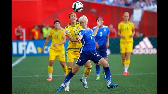 Rapinoe tries to hold off Sweden