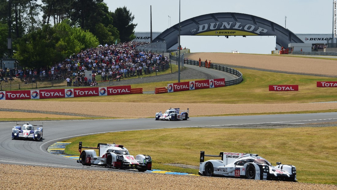 The prestigious race started on Saturday afternoon at the Circuit de la Sarthe.