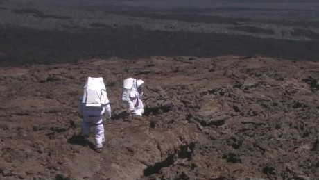 scientists emerge from hawaiian mars cnn today_00002627