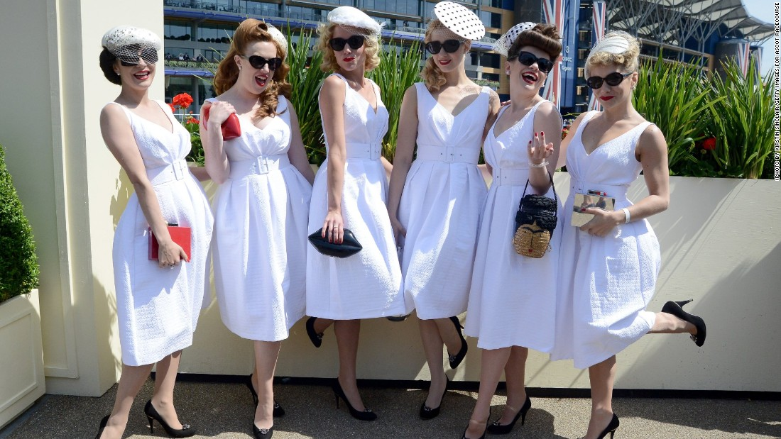 White and ivory was also a trend on Ladies' Day in 2015 as shown here by retro girl band The Tootsie Rollers.