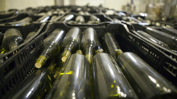 Castel produced their first vintages in 2014, a Chardonnay and a red from Merlot, Syrah and Cabernet Sauvignon grapes.