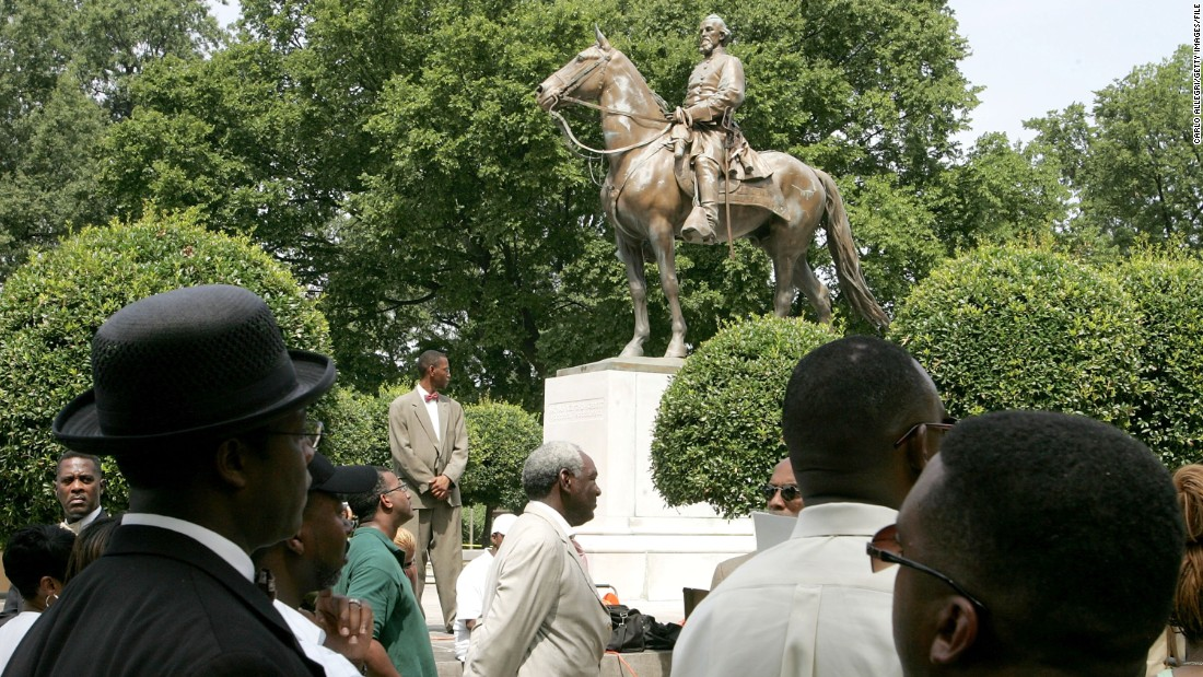 Memphis took down two Confederate statues. State lawmakers are punishing the city for it.