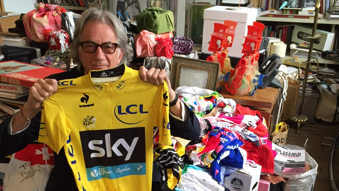 Smith also has a maillot jaune (yellow jersey) from Tour de France winner Chris Froome.