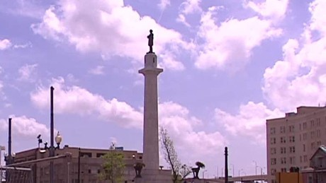 NOLA Mayor wants to replace Robert E. Lee statue