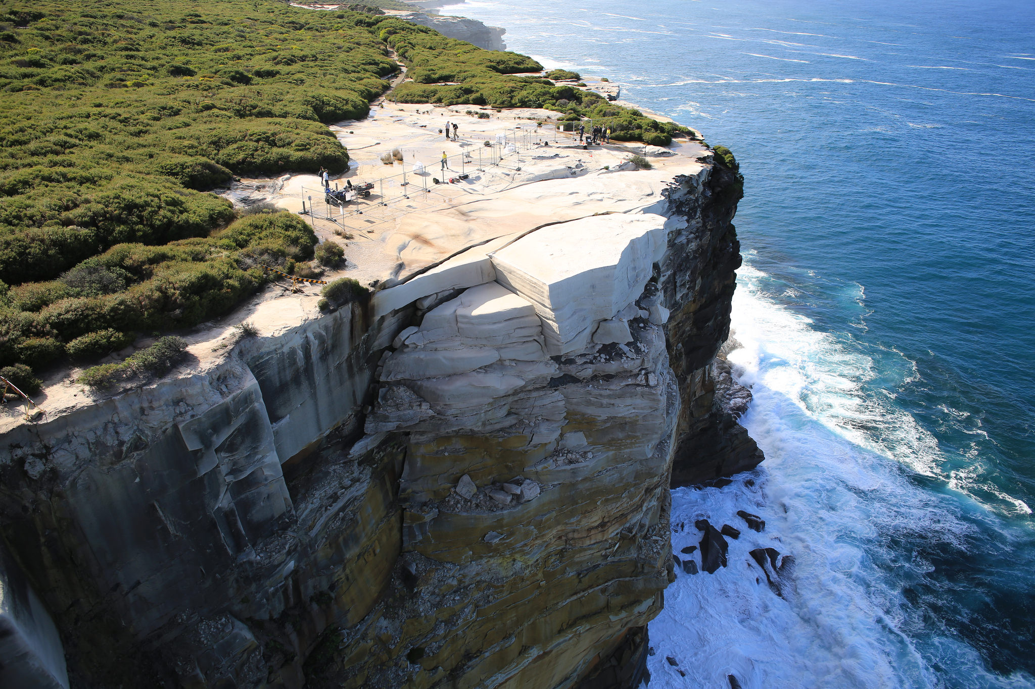 Australia S Wedding Cake Rock May Collapse Into The Sea Cnn Travel
