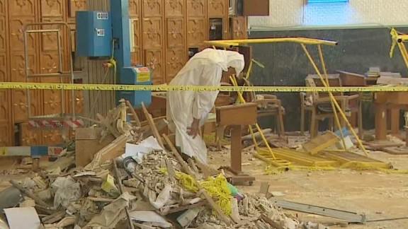 kuwait mosque attack inside lee pkg_00005917.jpg