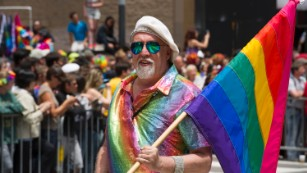 Rainbow flag creator Gilbert Baker dies at 65 - CNN