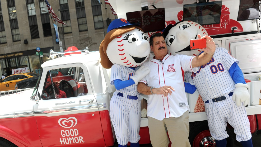 Former pro baseball player Keith Hernandez takes a selfie with Mr. and Mrs. Met as part of a promotional campaign for Good Humor ice cream Thursday, June 25, in New York.
