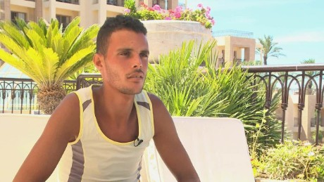 Tunisian hotel worker describes heroic acts