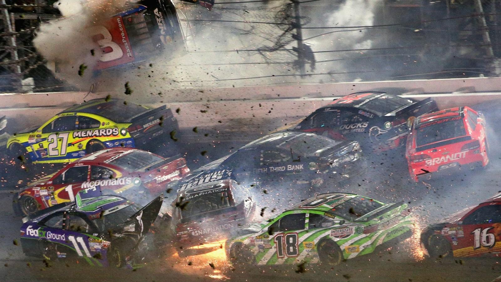 Dale Earnhardt Crash Investigation Crash at NASCAR Dayton...