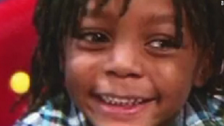 Chicago police: 7-year-old killed amid weekend violence